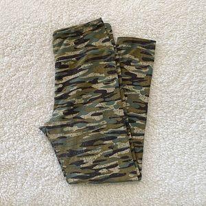 LULAROE OS Army Green Camo Camouflage Leggings